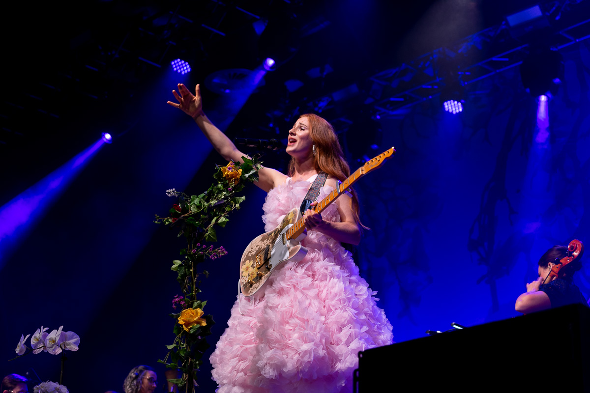 Vera Blue at Fortitude Music Hall  - Photos by Lachie Storie
